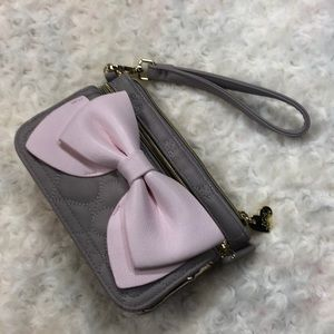 Betsey Johnson wristlet wallet with bow